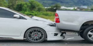 Accident-on-the-road-and-escape-news-site